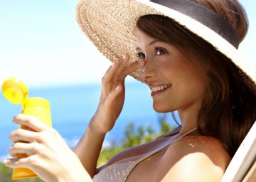 После лазерной эпиляции нужно ограничить попадание солнечных лучей на кожу