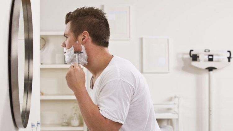 Зеркало для бритья